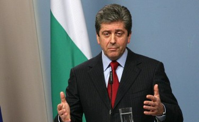 Първанов: Посланиците трудно ще останат