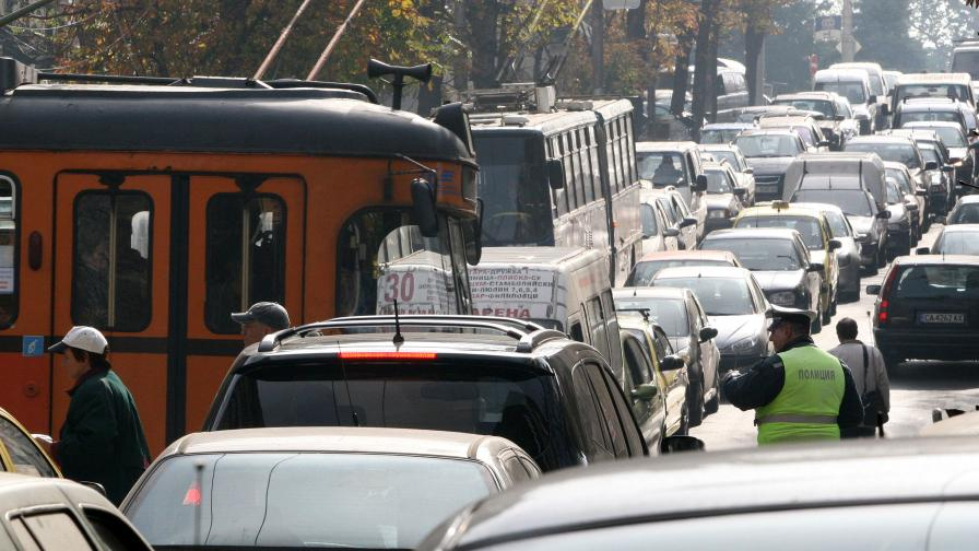 Средно 50 души на ден умират в България от мръсен въздух