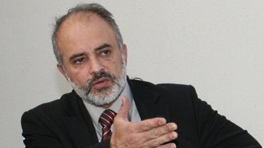 Социалният министър Тотю Младенов