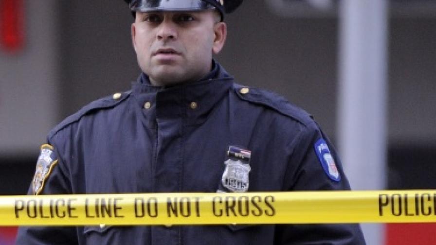 САЩ: Младеж платил на приятел да убие майка му