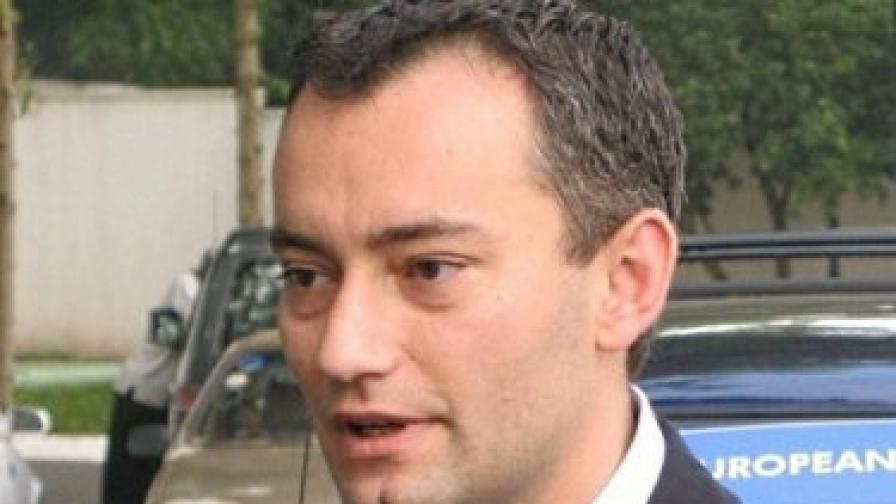 Новият външен министър: Николай Младенов