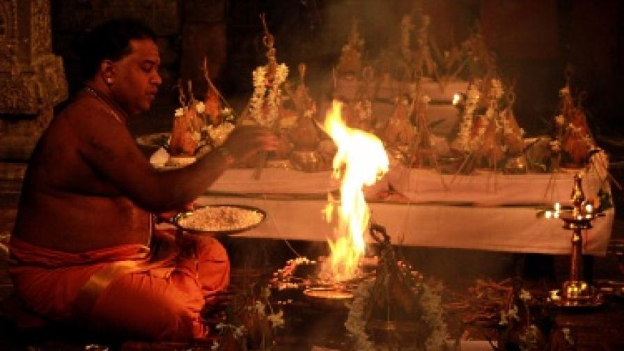 Влиянието на гадателите в Шри Ланка е по-силно от това на политиците