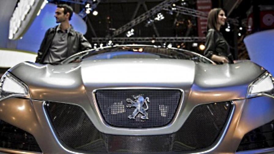 """""""Пежо"""" изтегля 97 хил. коли от европейския пазар"""