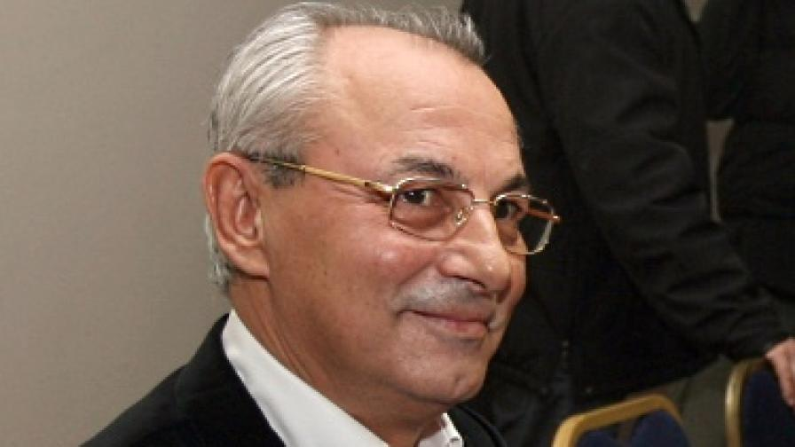 Ахмед Доган на заседание на Централния съвет на ДПС