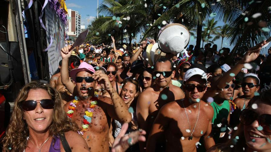 Жегата в Рио взе над 30 жертви преди карнавала