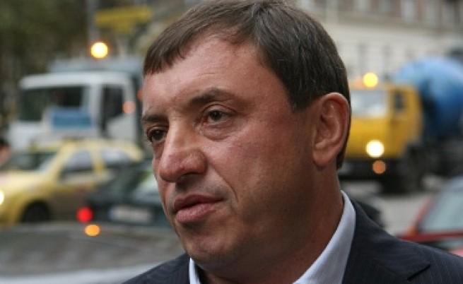 Алексей Петров иска среща с американския посланик