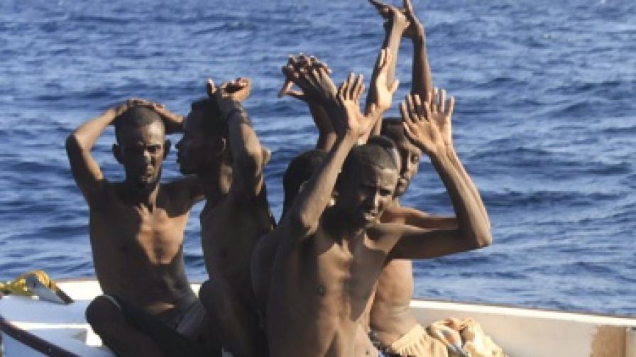 Сомалийски моряци, заловени от международните сили