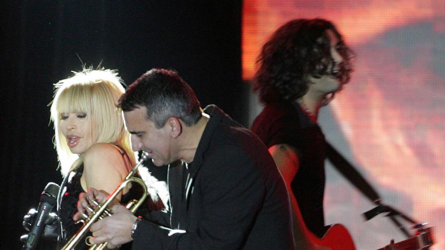 Лили по време на последния й концерт в НДК