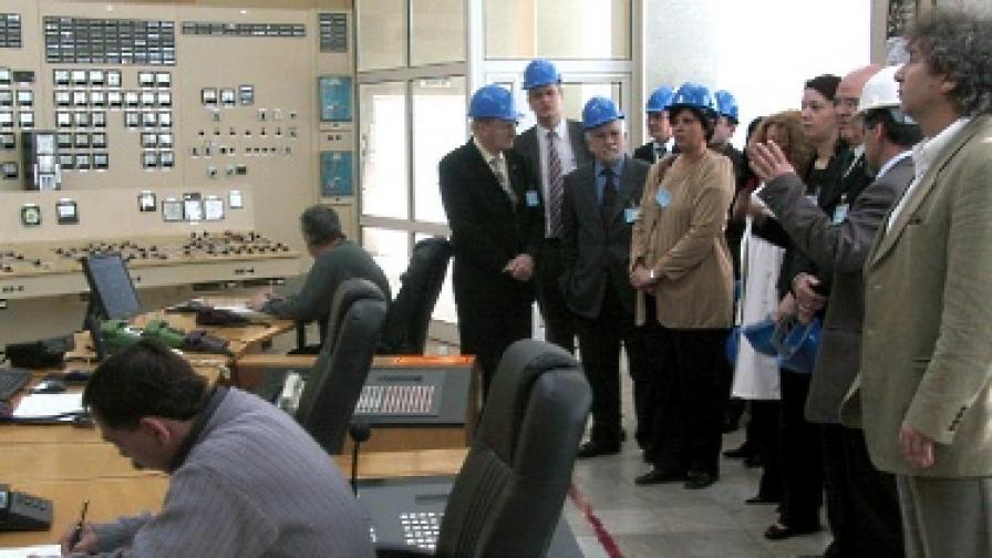 """Делегация на Европейския парламент на посещение в АЕЦ """"Козлодуй"""" през март 2005 г."""