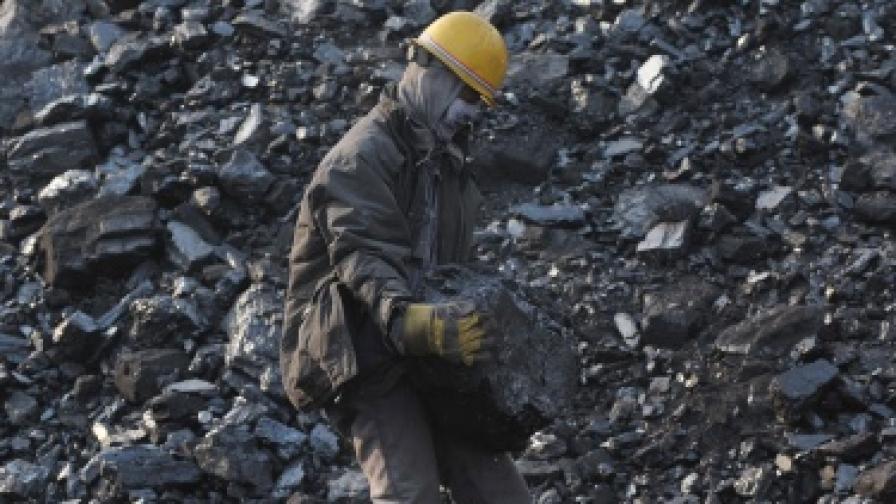 Пожар уби 25 миньори в Китай