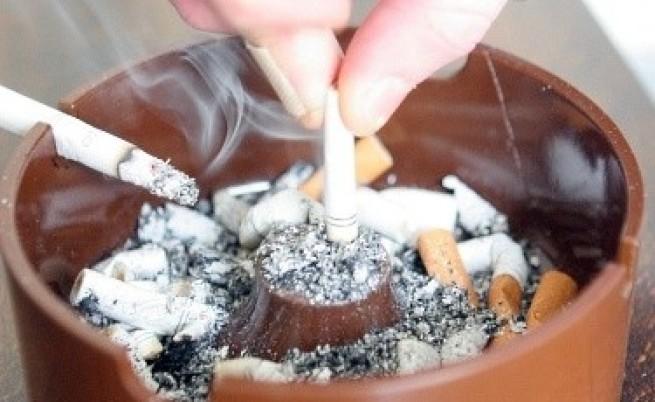 НЦИОМ: Трудно ще спрат пушенето на обществени места