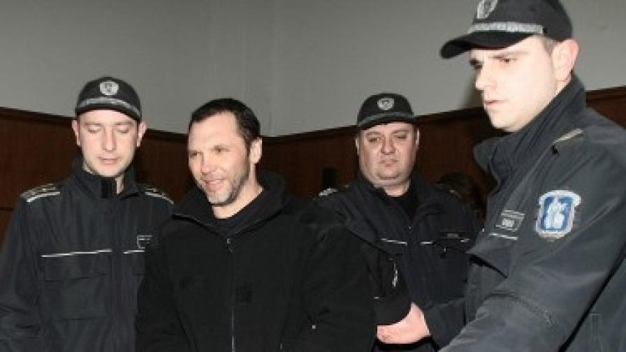 Златомир Иванов в съда (фотография от 2009 г.)