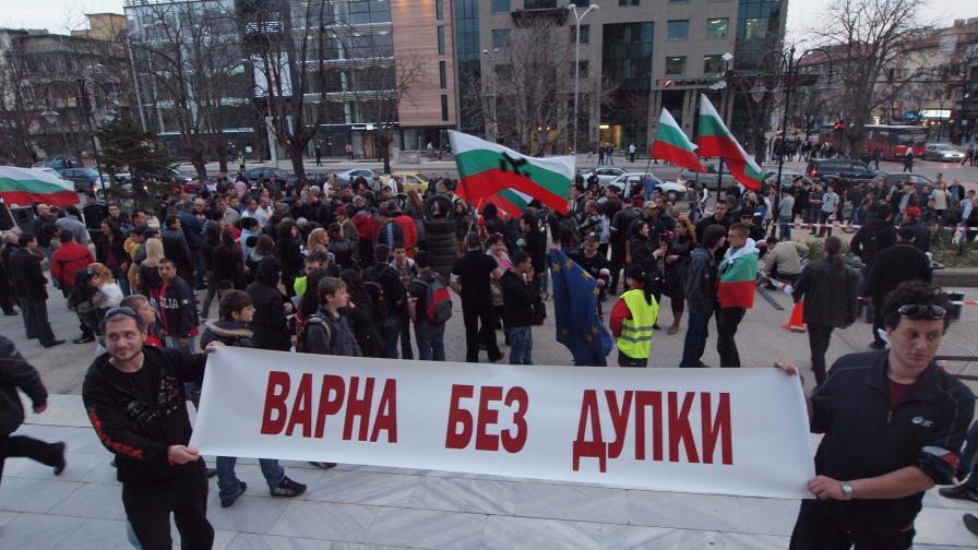 Фандъкова ще запълни дупките до края на април