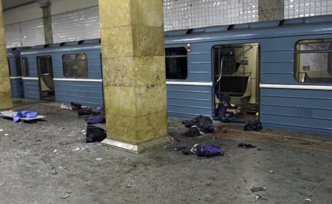 Чеченски терористи взривиха московското метро