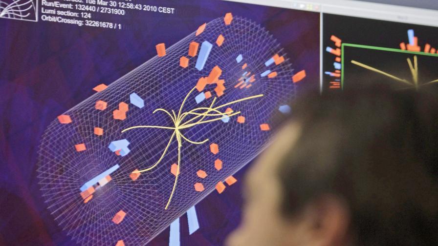 Исторически сблъсък на частици в ЦЕРН!