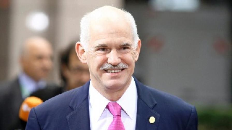 Папандреу: Трябва да се справим с шуробаджанащината
