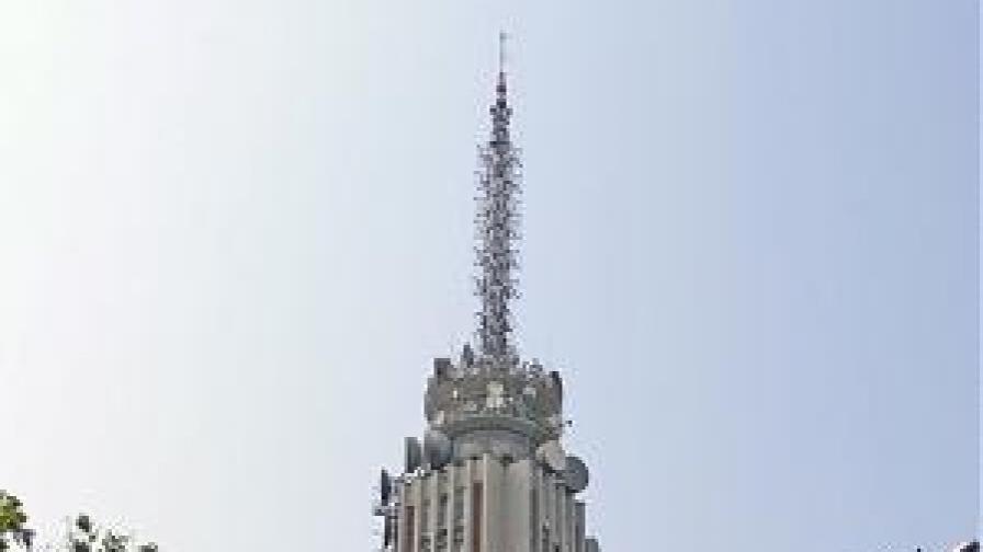 """""""Виваком"""" продаде половината от телевизионната си мрежа"""