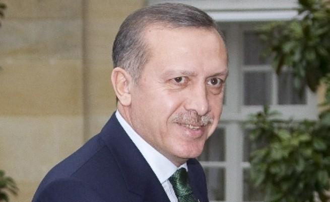 В офанзива по всички фронтове, Ердоган предизвиква учудване и безпокойство