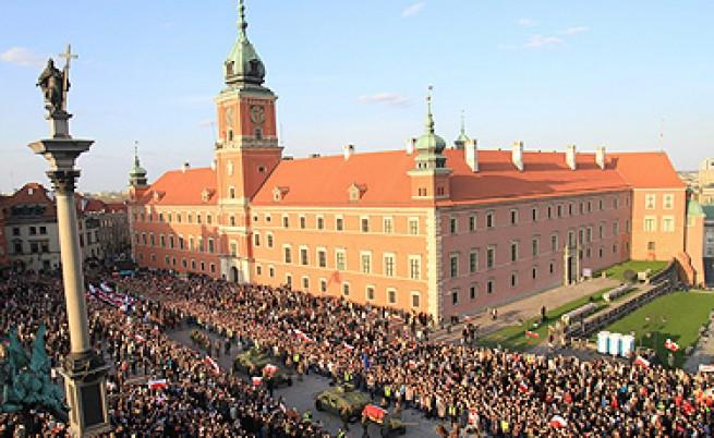 100 хил. души отдадоха днес почит на Качински