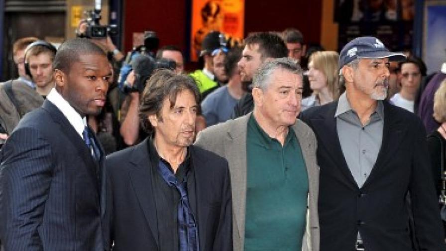 """Фифти сент редом с големи звезди като Ал Пачино и Робърт де Ниро на премиерата на """"Праведно убийство"""""""