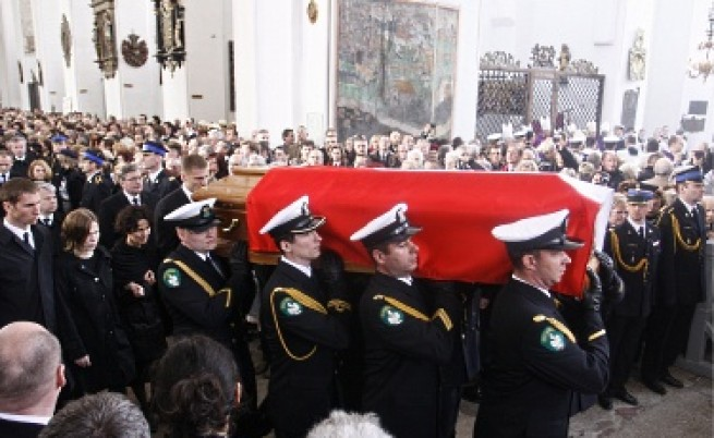Всички загинали при Смоленск са идентифицирани