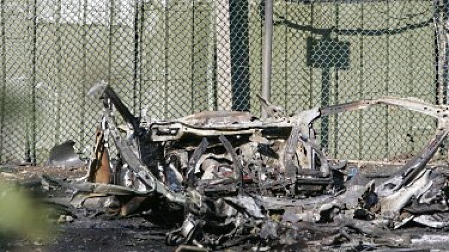 Трима ранени от кола бомба в Северна Ирландия