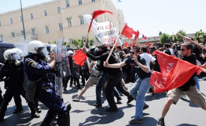 Сблъсъци и празненства по света на Първи май
