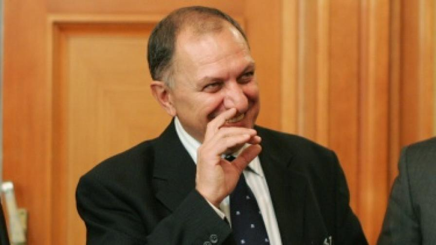 """""""Мениджър"""" за българския изход от кризата"""