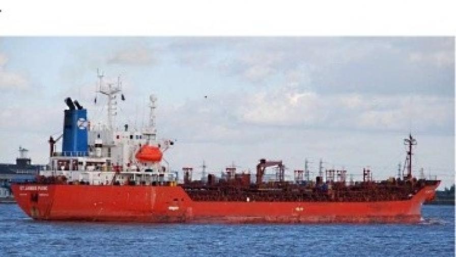 Петима български моряци са освободени