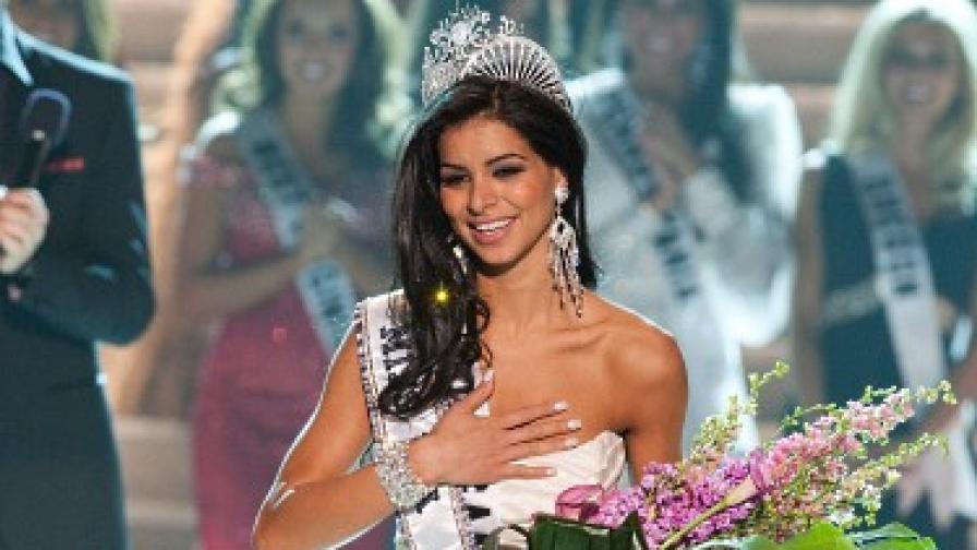 """Арабо-американка е """"Мис САЩ 2010"""""""