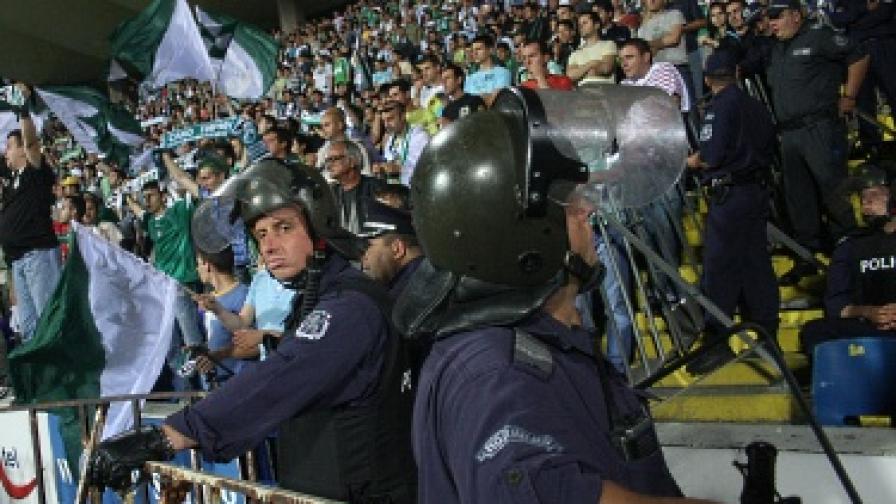 Опазването на реда на футболните мачове вече ще е ангажимент на общинската полиция