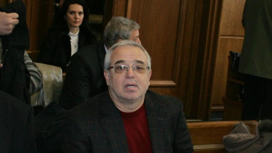 Тошко Добрев в съда - декември 2009 г.