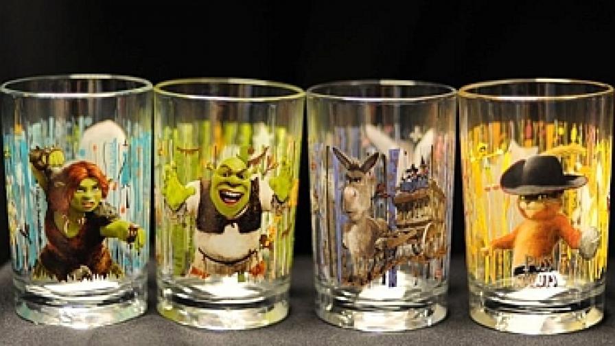 Снимка на чашите, разпространена от комисията за безопасност на потребителските продукти в САЩ