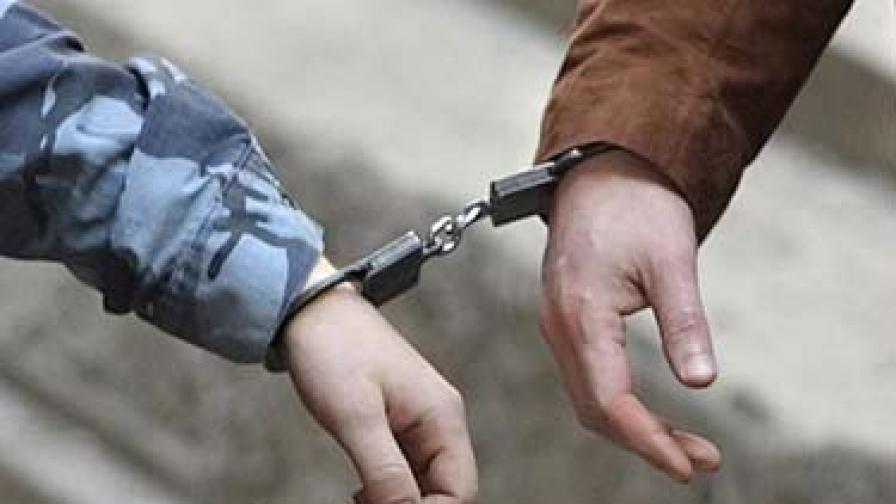 Арестуваха педофил, издирван на три континента