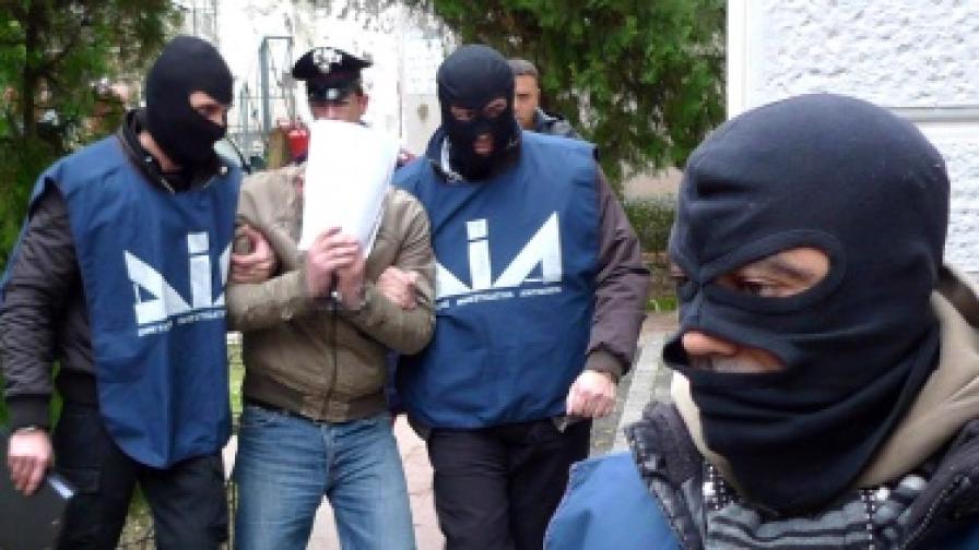 Арест на заподозрян член на Камората в Неапол