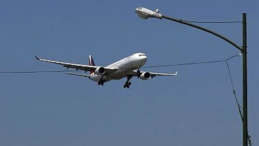 """ЕС затваря небето си за повечето самолети на """"Иран еър"""""""