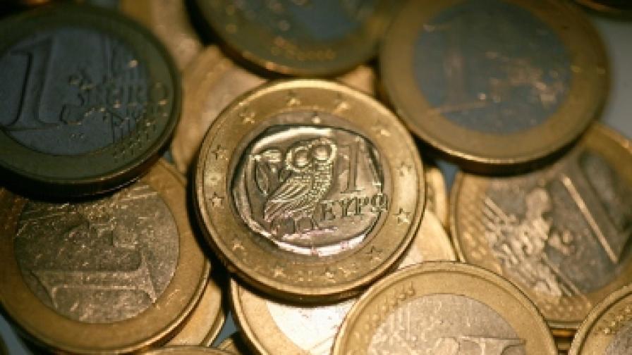 ЕК: Гърция горе-долу се справя