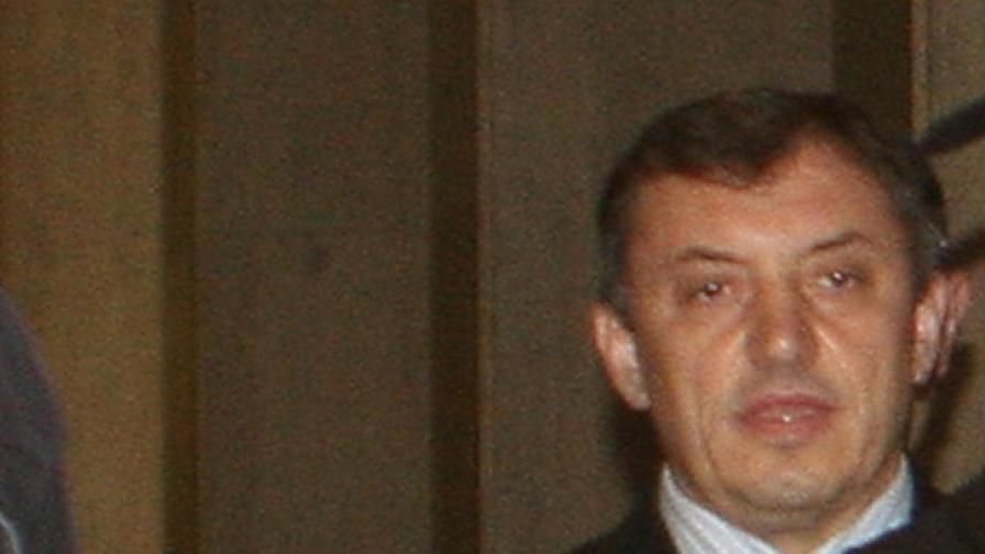 Алексей Петров пак не успя да излезе от ареста
