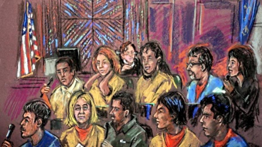 Рисунка от съдебното изслушване, на което десетте арестувани в САЩ руски шпиони признаха вината си