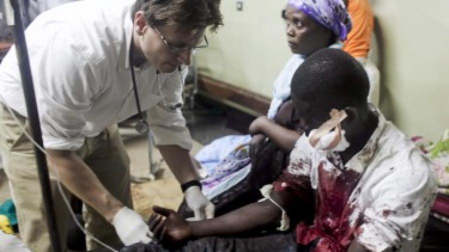 Десетки жертви след два атентата в Уганда