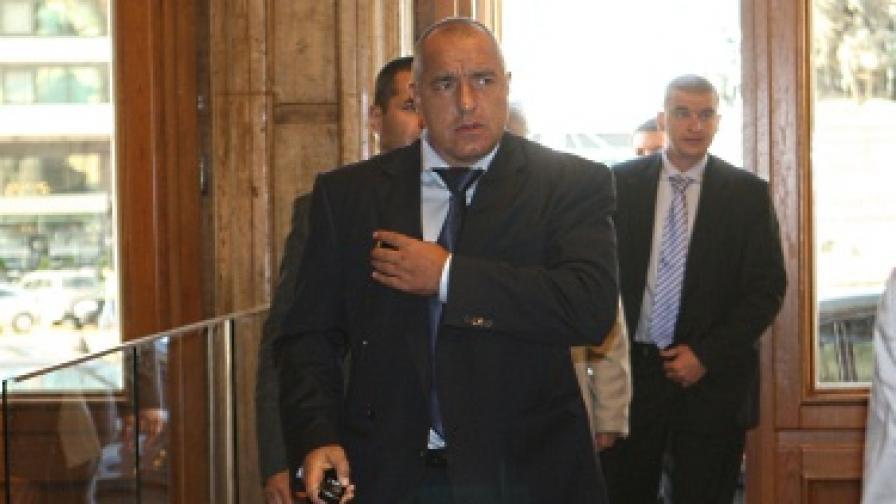 Борисов спря промени в закон след скандал