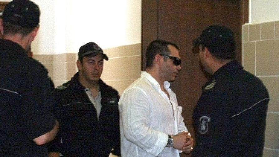 Златомир Иванов при влизането му днес в съдебната зала
