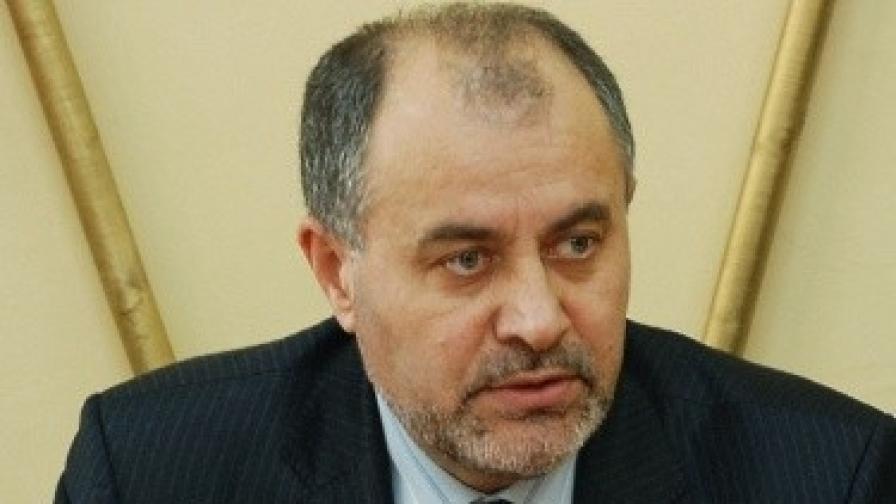 Отменят още 8 сделки на бившия областен на Добрич Хаджиев