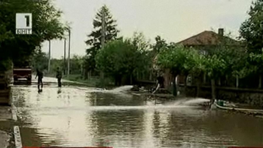 Наводнена улица в гр. Съединение - 26 юли 2010