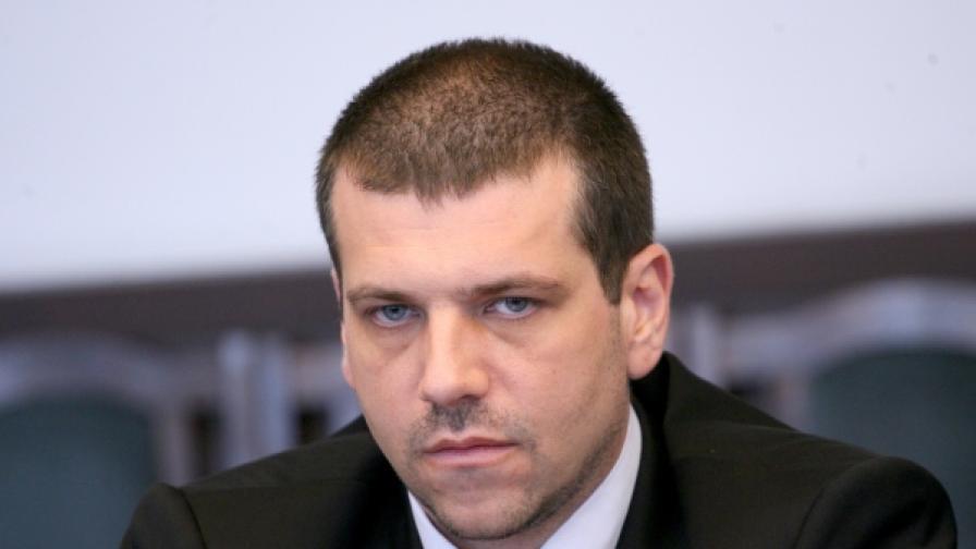 Калин Георгиев: Съдът се държи така, сякаш не е част от държавата