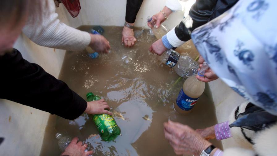 След век Йордания пак изнася светена вода