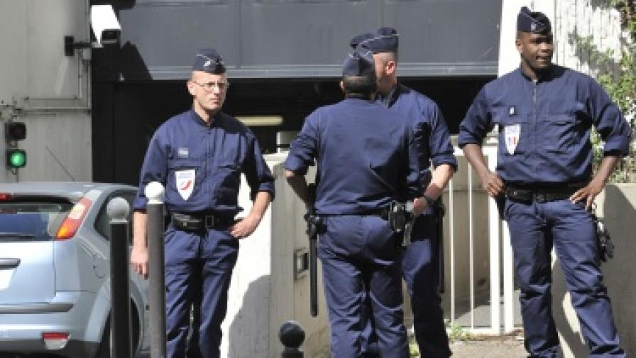 Франция: Късата ръка на закона