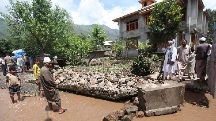 Чужденци сред жертвите на наводненията в Индия