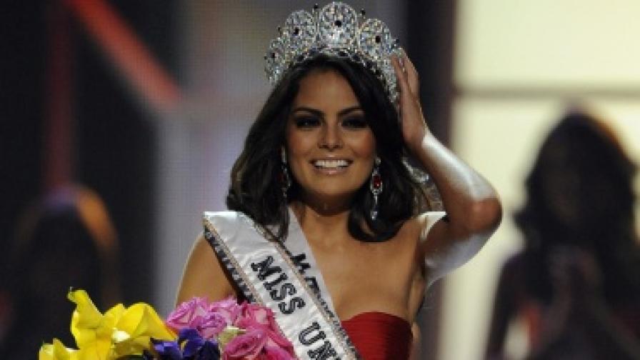 """Мексиканка стана """"Мис Вселена"""" 2010"""