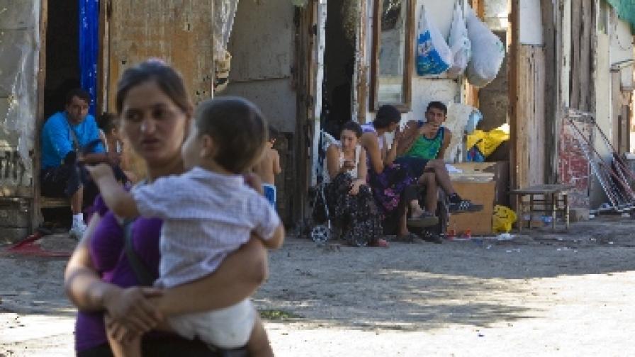 Италия започна да разрушава ромските лагери